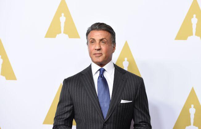 圖為71歲的好萊塢資深動作影星席維斯史特龍(Sylvester Stallone)遭控27年前性侵一名婦女,如今洛杉磯郡檢察官辦公室的性犯罪特案小組已經展開調查。Getty Images