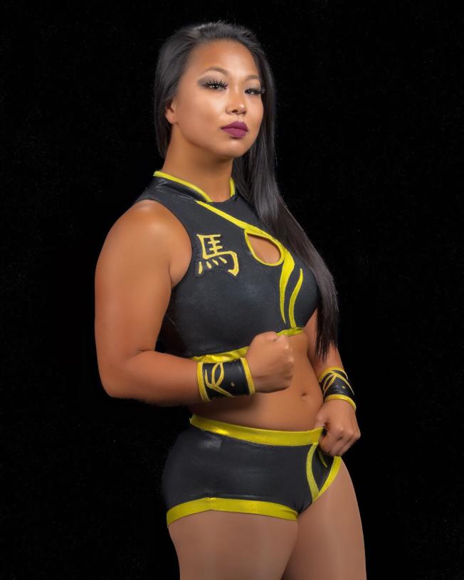 """余敏绮的另一个身分,则是令对手胆寒的职业摔角格斗选手""""Karen Q""""。(余敏绮提供)"""