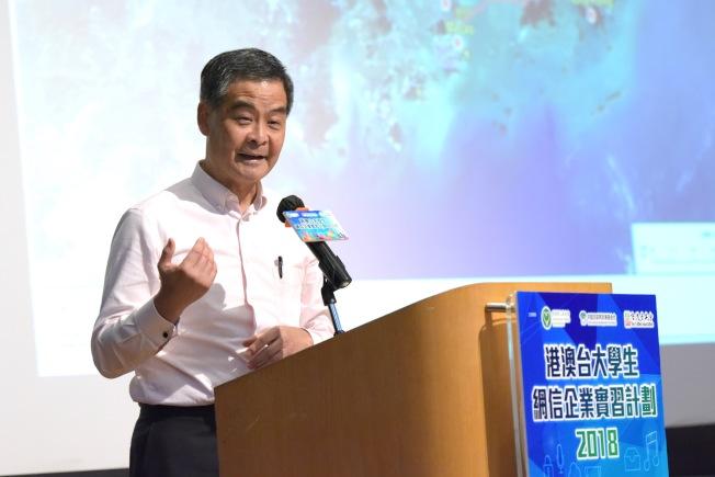 前香港特首梁振英否認與港鐵弊案承接商有任何直接關係。(中通社)