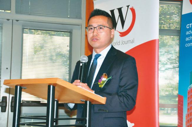 Andrew Wong表示,中國信託在世界各地都有分行,提供最在地、本土的服務,幫助全球產業鏈中所有的小商業提供專業的意見。(記者林亞歆/攝影)