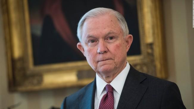 司法部長塞辛斯下令,否決家庭暴力、幫派犯罪受害人作為政治庇護理由的移民申請。但這只限於境外申請者。(CNN)