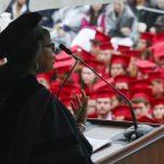 律師事務所搶人 法學院畢業生 起薪飆至19萬