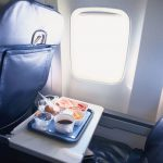 搭飛機要小心!5地方細菌多少碰為妙