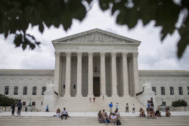 經常投下中間關鍵票的大法官甘迺迪退休,川普總統提名的繼任人選,對美國將產生重大影響。(Getty Images)