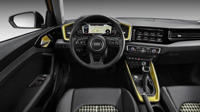 全新A1不僅搭載Audi招牌的10.25吋虛擬駕駛艙儀表,另外中控台也整合了一款與A8相同的觸控娛樂系統。(Audi)