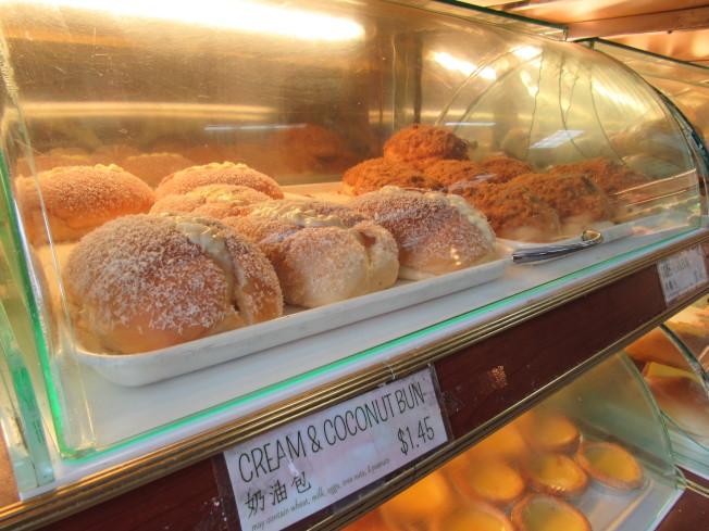 周漢傑將台式麵包與廣東麵包結合,大受好評。(記者顏嘉瑩/攝影)