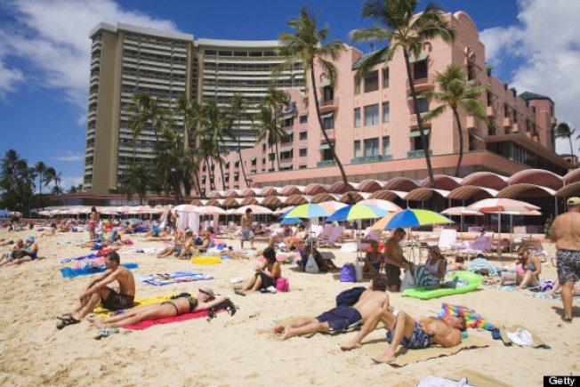 夏威夷火山爆发 旅游业仍旺