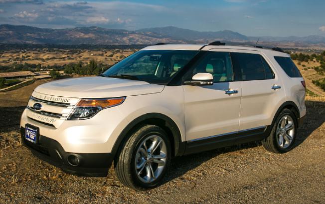 非營利的汽車安全組織「汽車安全中心」現正要求福特汽車公司召回135萬輛Explorer休旅車,原因是發生了多起車廂內有廢氣排出和懷疑一氧化碳洩漏的事件。(Getty Images)