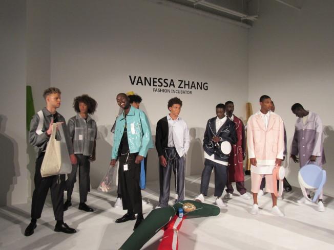 張馨心聯手三位華裔時裝設計師作品,以「時尚孵化器」為名參加紐約男裝周。(記者顏嘉瑩/攝影)
