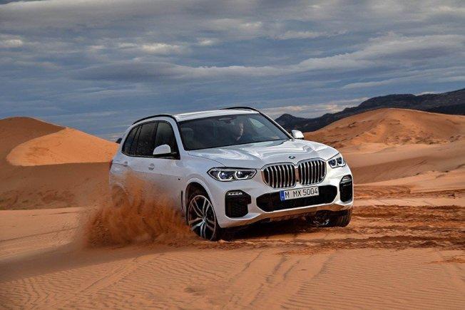 第四代BMW X5入門車款售價將由6萬700元起跳,並提供更多樣的選配項目。(BMW)