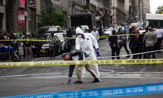 當局表示,黑幫之間的鬥爭,促使紐約市今年上半年的凶殺案上升8%。(Getty Images)