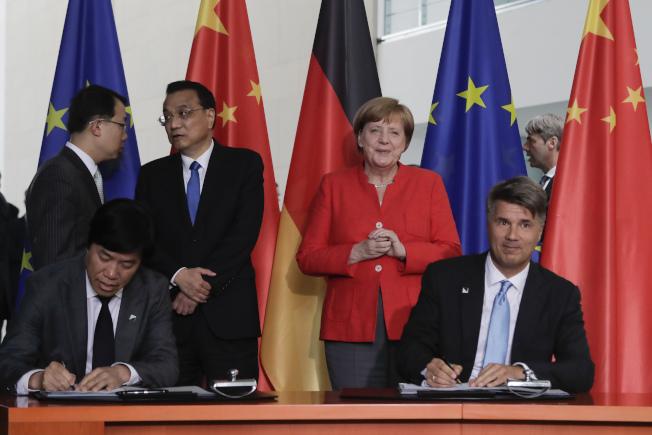 美中大打貿易戰不僅影響雙方,連德國等出口大國也身受其害。美聯社