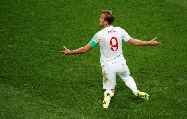 英格蘭隊無緣決賽,隊長凱恩賽後難掩失望。(路透)