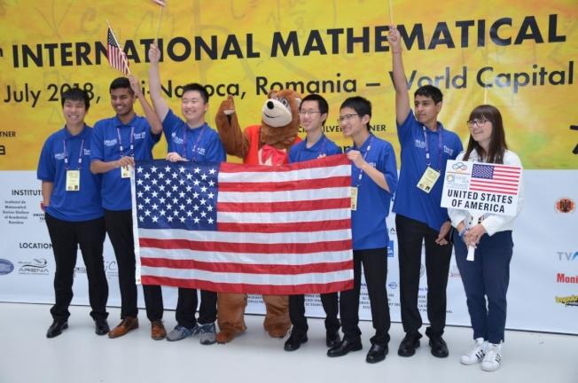 由華裔領軍的美國隊王者歸來,國際奧數賽四年取得第三冠。(MMA提供)