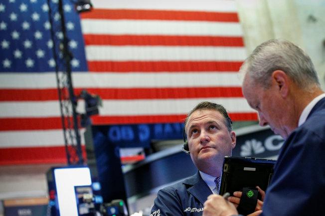 科技股帶動美股周四大漲,但博通因收購CA,股價重挫19%。 路透