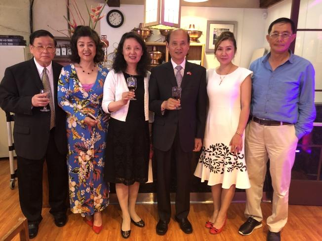 中華人民共和國駐舊金山總領事羅林泉即將離任回國,北加州華人體育協會舉辦歡送餐敘。(記者林亞歆/攝影)
