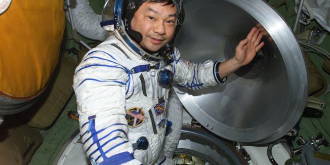 第一個前往國際太空站的華裔太空人焦立中。(NASA)