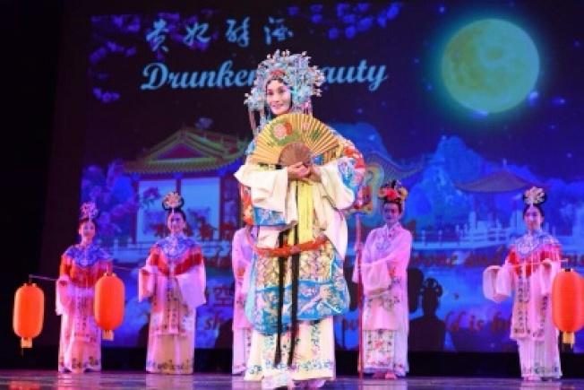 昆曲與京劇表演藝術家賈永紅表演的「霸王別姬」。(圖:吳紅焱提供)