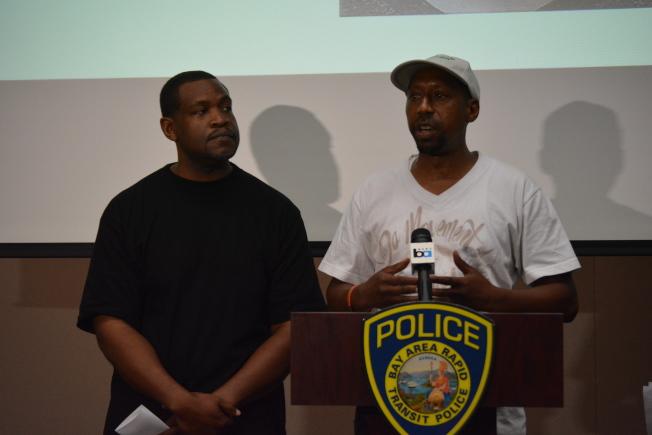 受害者威爾森的教父阿倫斯(右)說,目前還不知道襲擊的原因是否因種族主義,或隨機殺人。希望社區勇敢站出來提供線索,也不要以暴制暴。(記者劉先進/攝影)
