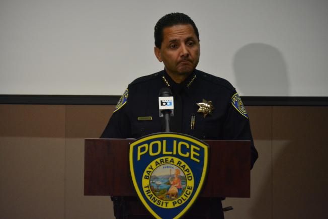 捷運警長羅哈斯(Carlos Rojas)表示,從業數十年,這是他見過的最惡毒的攻擊之一。(記者劉先進/攝影)