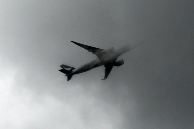 航空業專家正擬定法規,讓一些大型客機能在美國大部分機場,在比目前允許的能見度差很多的情況下照常起飛,並可望協助減少班機誤點。(歐新社)