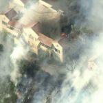 聖塔克拉利塔爆野火 威脅住宅區
