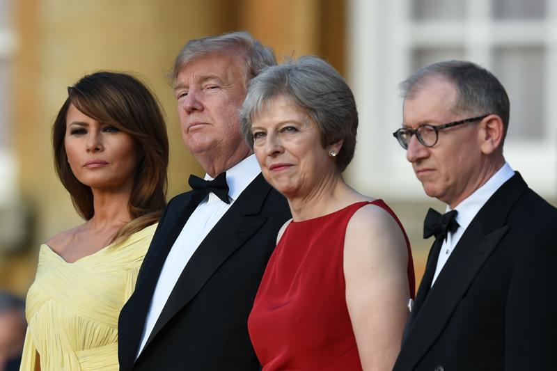 美國總統川普夫婦與英國首相梅伊夫婦合影。Getty Images
