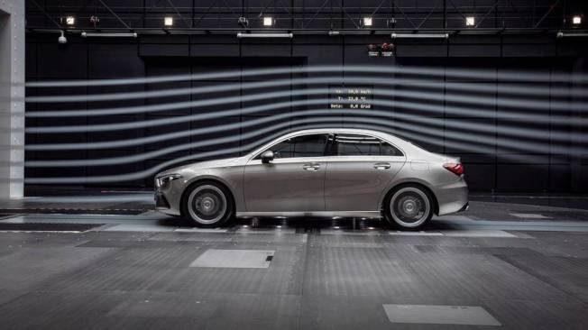 Mercedes-Benz A-Class 四門版本終於現身