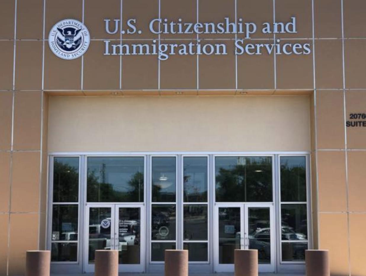 自川普上任後,不僅H-1B簽證審查過程嚴格,如今申請H-1B Transfer也像是門檻同樣高的全新案件。(本報檔案照)