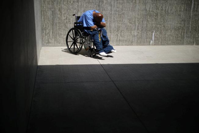 加州設立醫療照護監獄專門收容罹患認知衰退、阿茲海默症和失智症囚犯。(路透)