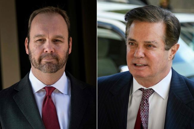 馬納福(右)與好友兼工作夥伴蓋茲(左),兩人反目,蓋茲自保求減刑,出面為檢方作證,指責馬納福變洗錢。(路透)