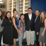 伊州長候選人普立茲克會亞裔:重視移民、改善教育