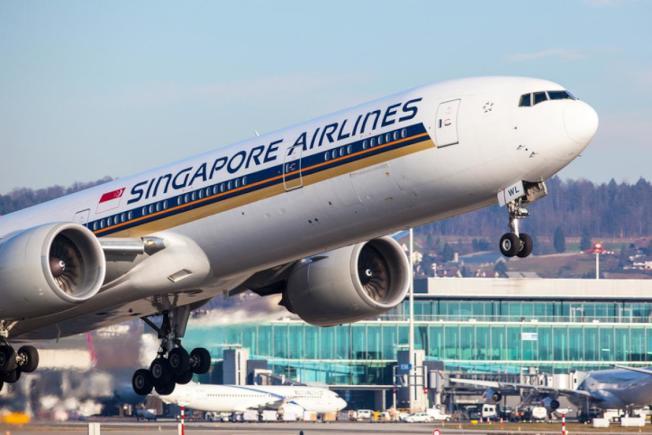 新加坡航空公司10月12日重啟全球最長的商業航班,每天從新加坡樟宜機場直飛紐約紐瓦克機場,航程約1萬哩,飛行時間約18小時45分鐘。(Getty Images)