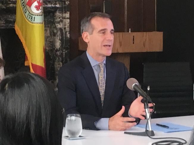 洛杉磯市市長賈西提(Eric Garcetti)暢談亞洲貿易之旅的心路歷程。(記者謝雨珊/攝影)