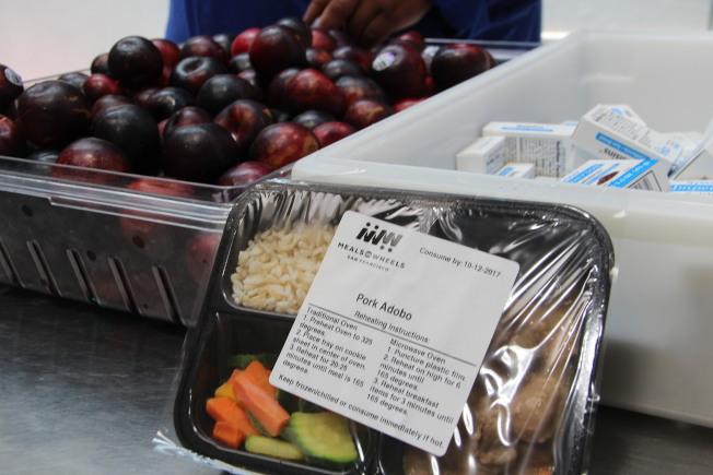 聯合學區推出免費營養餐食計畫,幫助低收入家庭學生。(本報檔案照片)