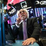 美國土耳其「經濟戰」開打 里拉暴跌 撼動全球市場