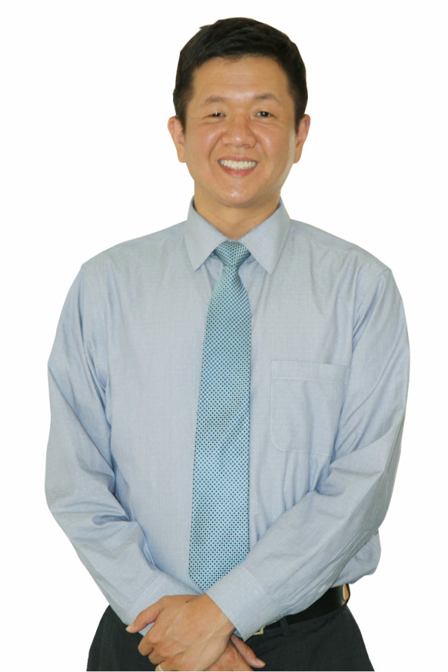 過敏科醫師馮孝功表示,人的體質會依照年齡不同而改變,很多患者並不曉得自己會對陽光過敏。(記者李榮/攝影)