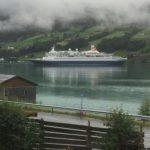 不滿遊客太多 挪威政治人物「裸體」抗議