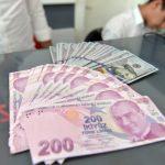 土耳其幣值暴跌 傳有人以里拉購票、人民幣退票賺差價