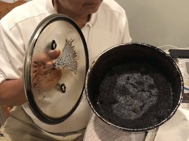 華人出門忘關火 鍋子燒整天…開門驚呼!