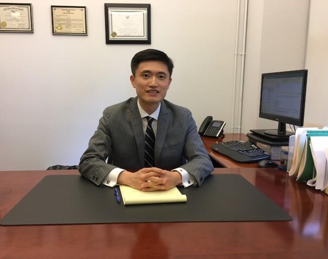 李凱寧律師專門協助雇主免於糾紛。