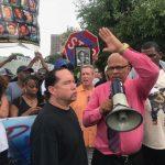 芝反暴力遊行 揚言癱瘓歐海爾機場要道
