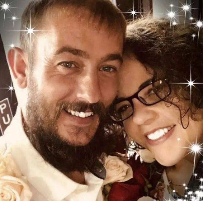 麥奎格與新歡在結婚當天甜蜜合影。(取自臉書)