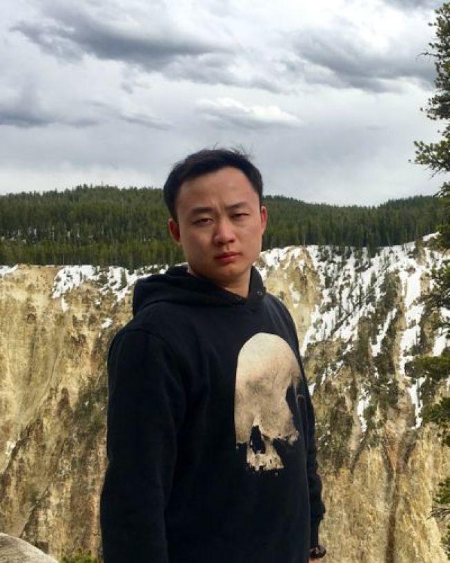 28歲的中國公民男子廖若晨被綁架。(圖片取自廖家設立的尋人網站)