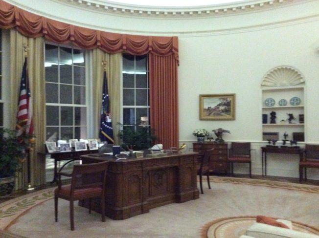 雷根圖書館   見證明星總統一生