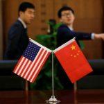 中國財長:與美貿易戰不停手 但留意保護企業