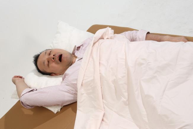 長期壓力大、營養不均衡、缺乏運動,容易引發「類嗜睡症」(本報資料照片)