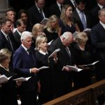〈圖輯〉馬侃系列葬禮 全美向他致敬 三位前總統出席