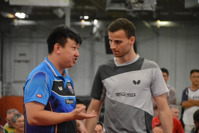 葡萄牙選手阿波羅尼亞(右)和加拿大選手王臻(左)惜敗。(記者王千惠/攝影)