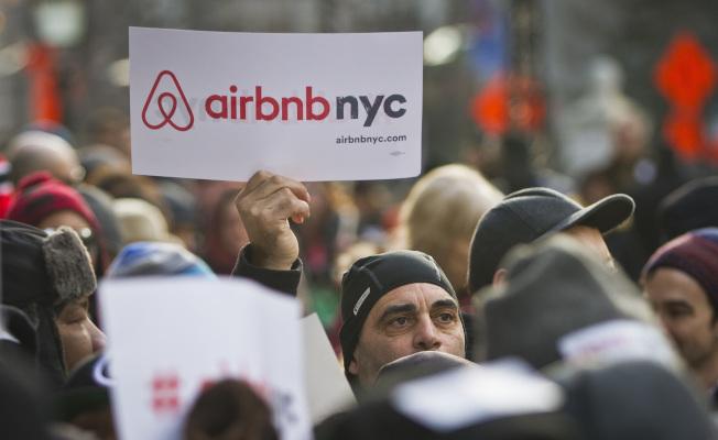 Airbnb迅速在喜愛全球旅遊的千禧世代中走紅。(美聯社)